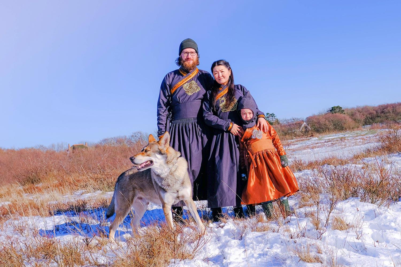 Rowan with his wife, son an dog