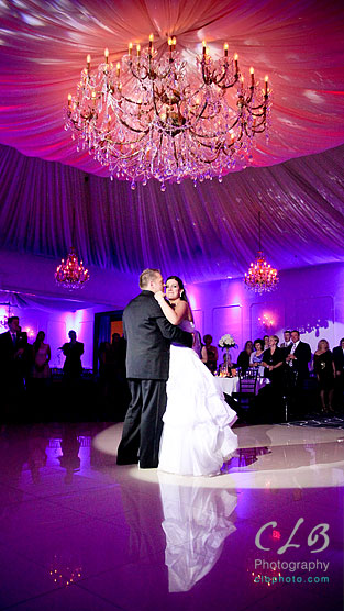 1st-dance-at-gramercy-lakeside-manor