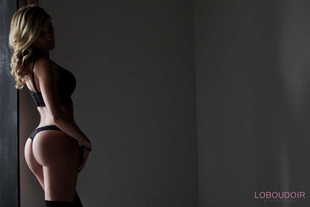 Sexy NJ boudoir photos by Loboudoir Photography