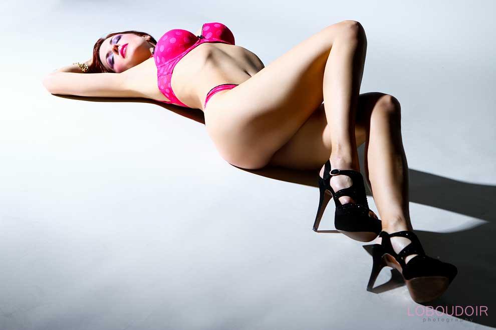 boudoir-poses-by-nj-boudoir-photographers-loboudoir
