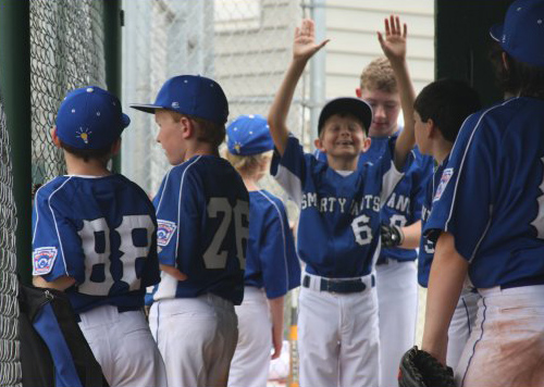 2012 Smarty Pants Little League picture of dugout