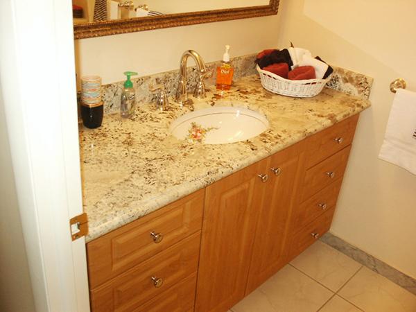 Honeymaple Thermofoil Bathroom