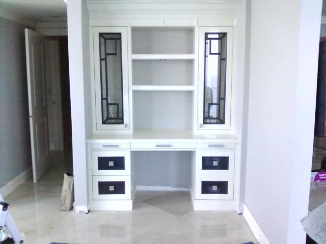 Built In Lacquered Desk