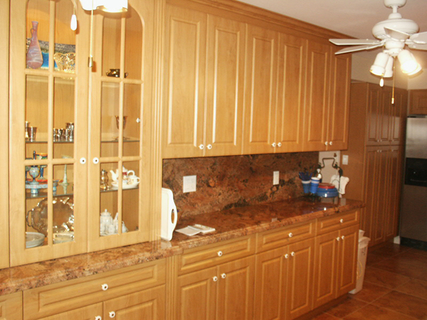 Honeymaple Thermofoil Kitchen