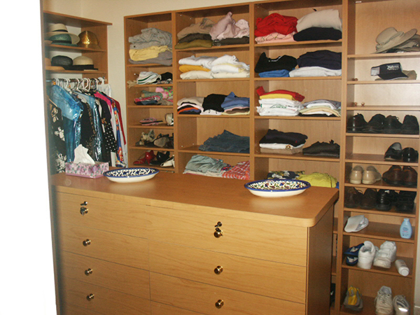 Melamine Walk-In Closet