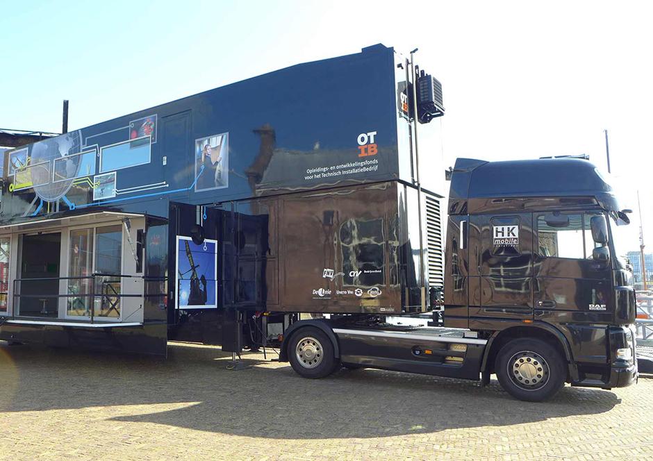 Promotion-Auflieger und Roadshows durch Ligthart Mobile - OTIB