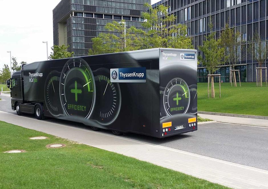Promotion-Auflieger und Roadshows durch Ligthart Mobile  - ThyssenKrupp Incar Plus