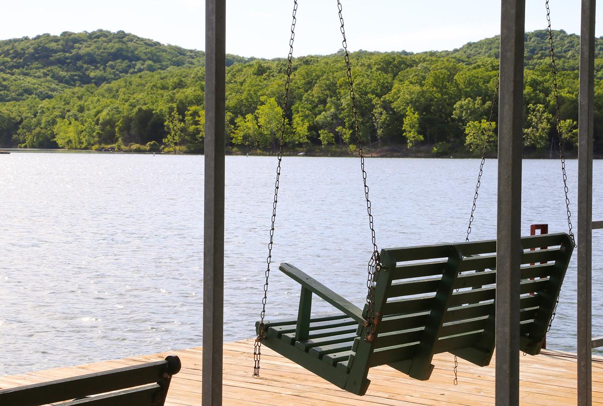 Prime Table Rock Lake Bavarian Village Branson Mo Resort Beutiful Home Inspiration Ommitmahrainfo