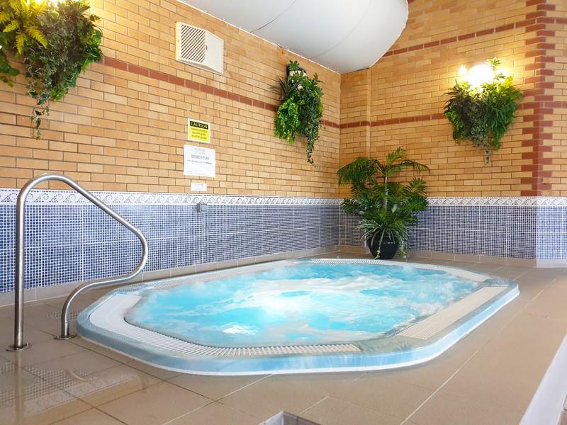 Woodlands Leisure Spa Bath