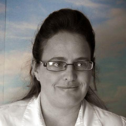 Elaine Farthing-Schmidt