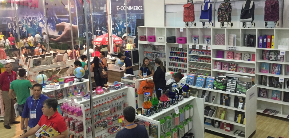 a894bdb1f9 O post de hoje é resultado de uma visita que fiz à Papelaria Modelo exposta  na Feira do Empreendedor de São Paulo (edição 2017). Foi um evento  gigantesco, ...