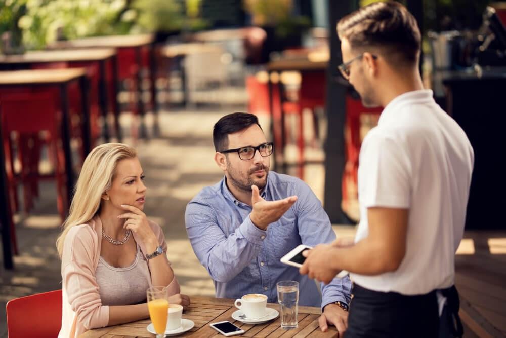 impacto de um cliente insatisfeito em seu negócio