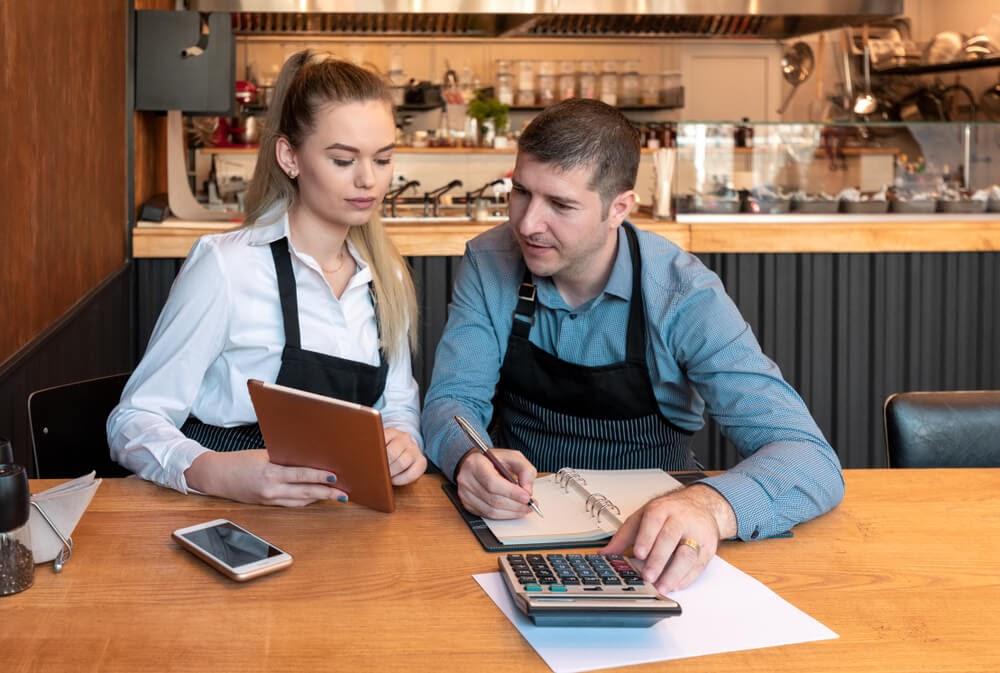 É possível montar um restaurante com pouco dinheiro