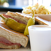 cork and pint sandwich