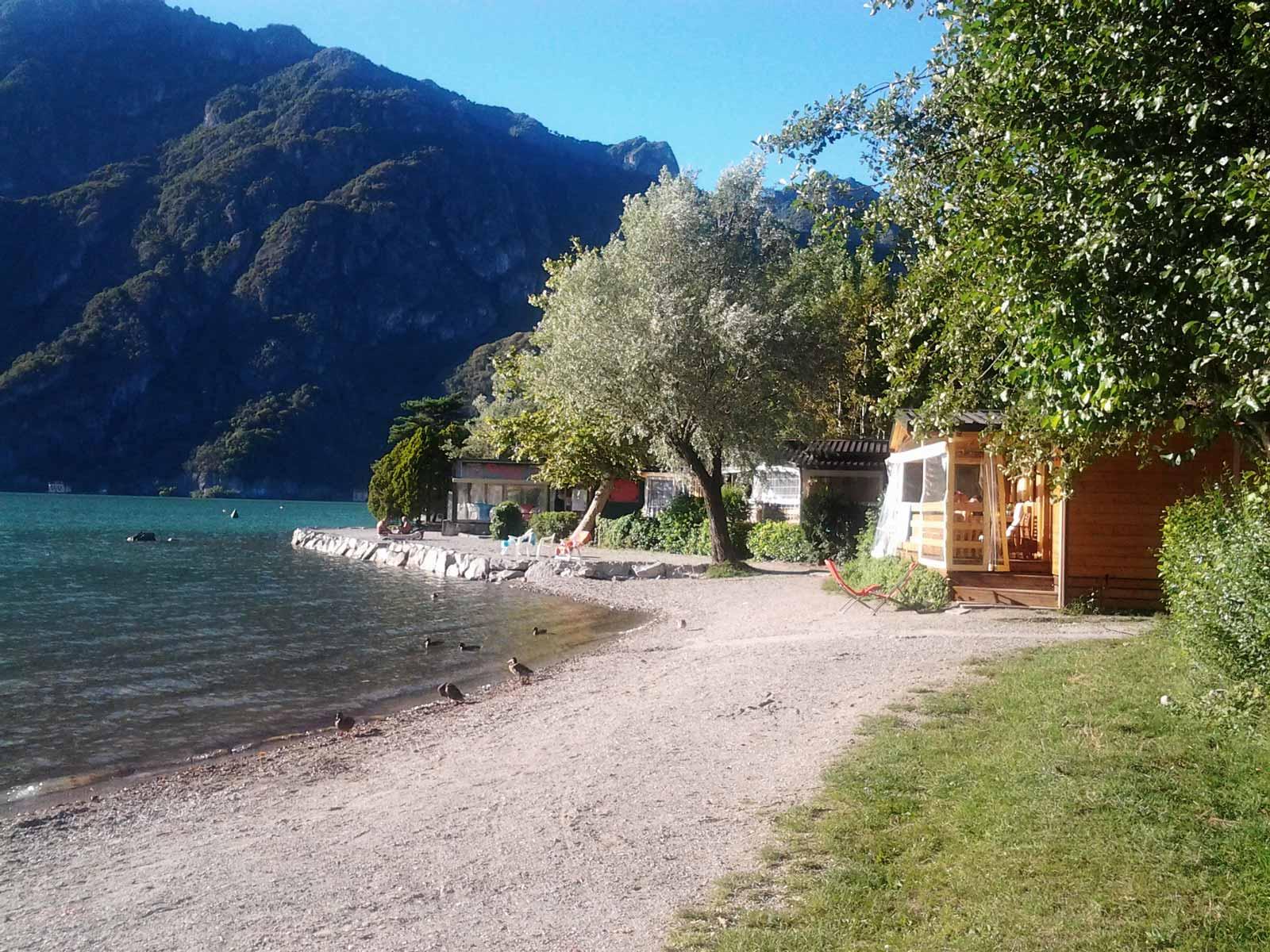 Lugano Chalet - Porlezza - Meer van Lugano - International Sport Camping - Het strand van de Camping