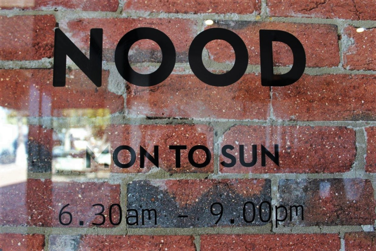 Nood cafe opening hours