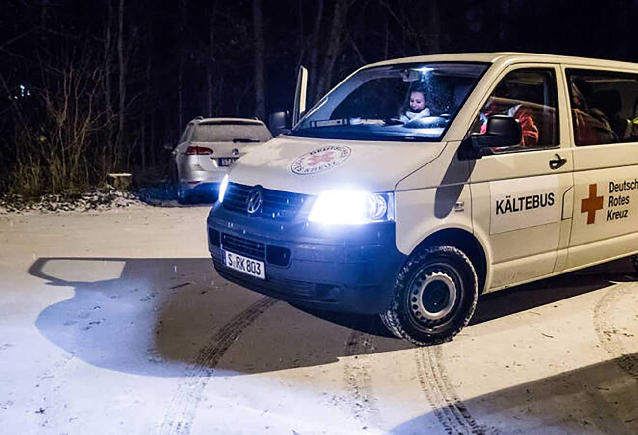 Bild – der Kältebus vom Deutschen Roten Kreuz.