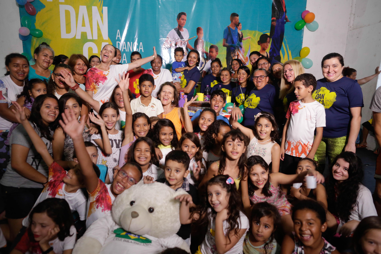 Campanha de Natal beneficia 150 crianças da Associação Vidança, em Fortaleza