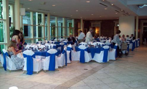 white and blue table display