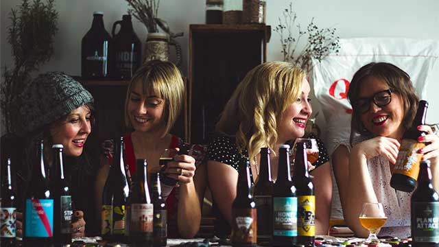 Les femmes et la bière : une histoire d'amour qui dure