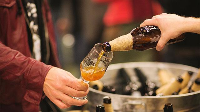 10 acronymes de la bière pour rivaliser avec les beer geeks