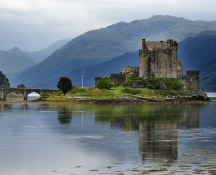 Check out the top castles in Scotland with Drumscot Tours