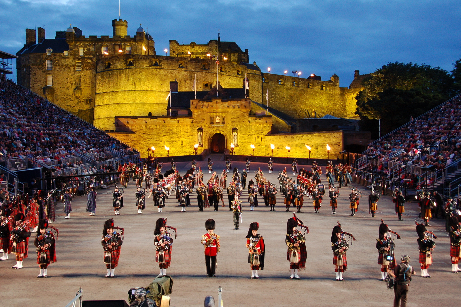 Take in the spectacle of the Royal Edinburgh Military Tattoo on  Scottish Tour with Drumscot