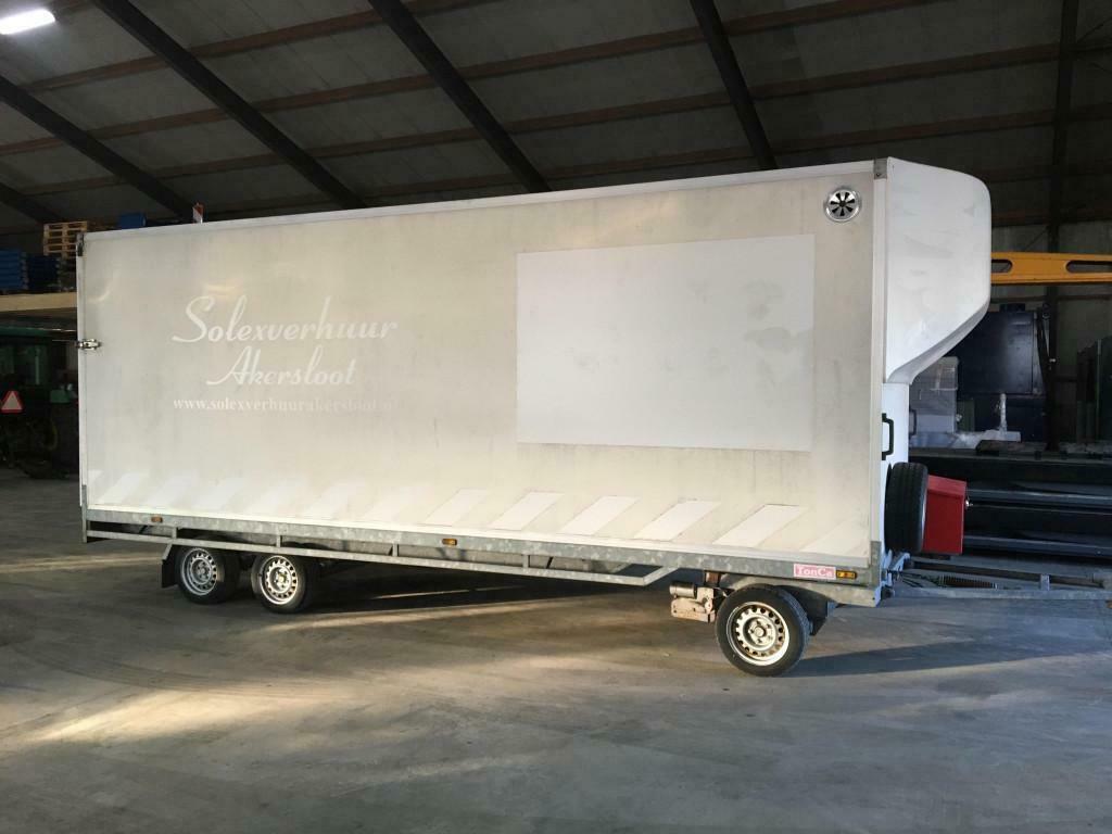 Hapert V3500 gesloten schamelwagen 600cm met mover en klep