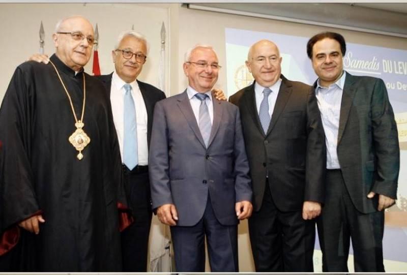 Jean Leonetti : La médecine palliative et la médecine curative, deux stratégies qui se complètent