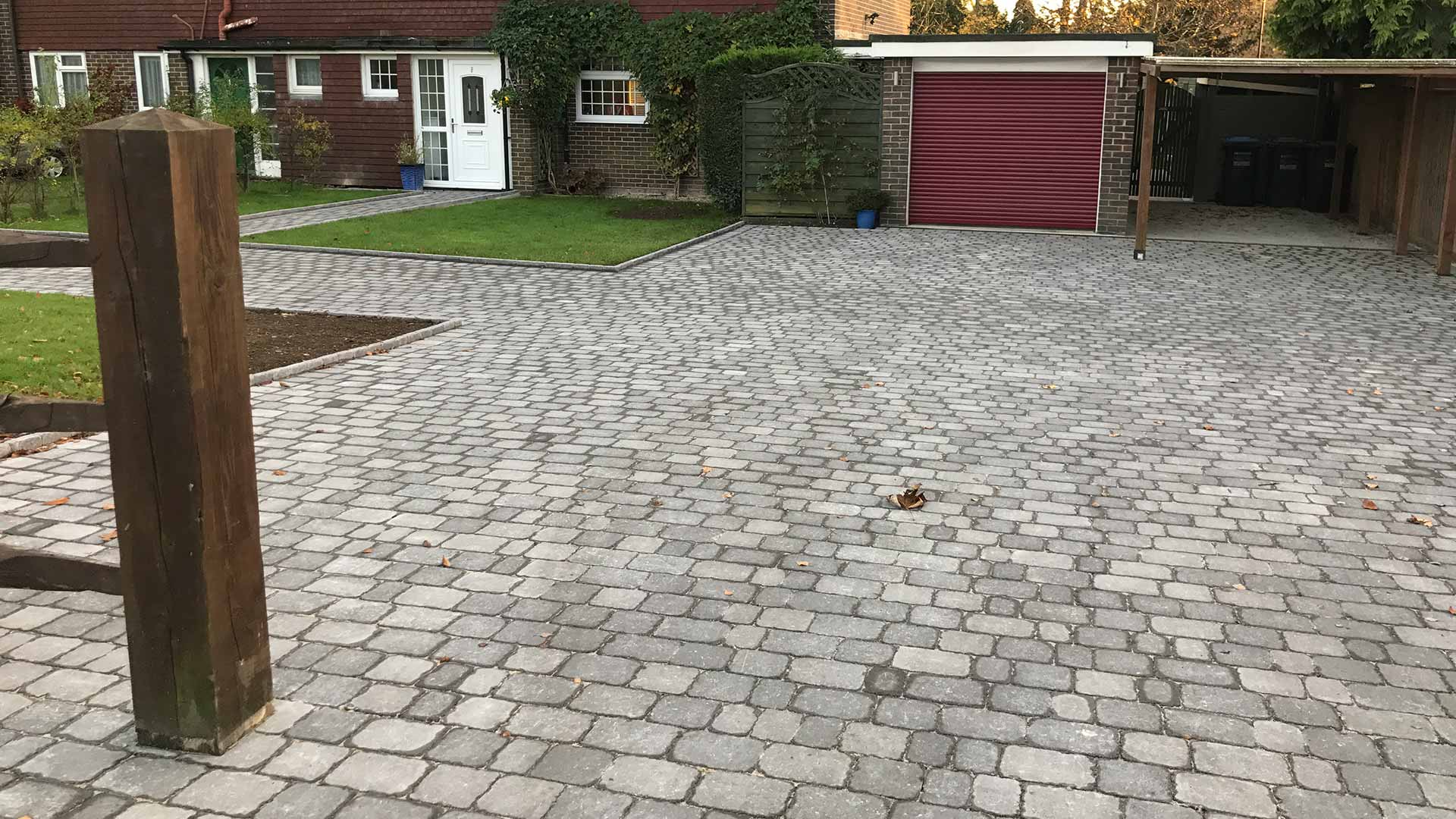 Driveway - Hardy Paving West Sussex