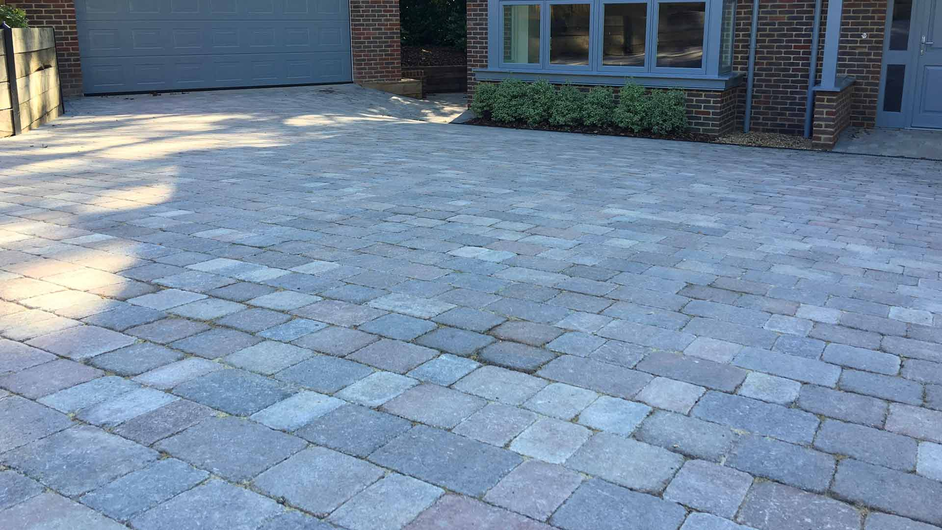 Stone Driveway - Hardy Paving West Sussex