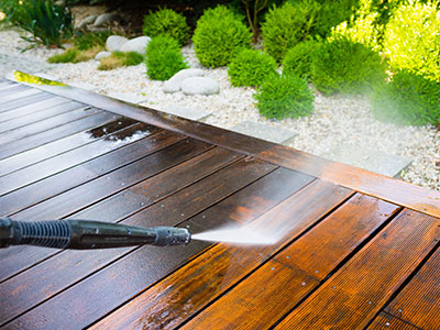 Deck Cleaning in Hendersonville