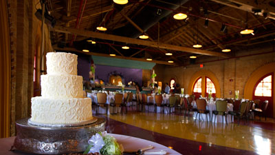 La Dahlia Wedding Cake