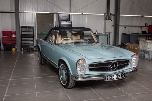 Classic 1969 Mercedes Benz W113 280SL Pagoda Speedometer Horizon Blue at Hemmels Workshop