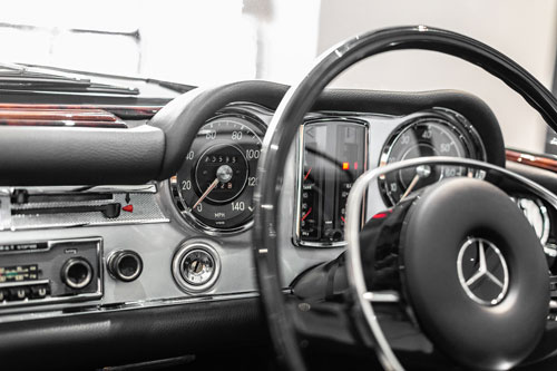 Mercedes Benz 280SL 280SL Dashboard Australia