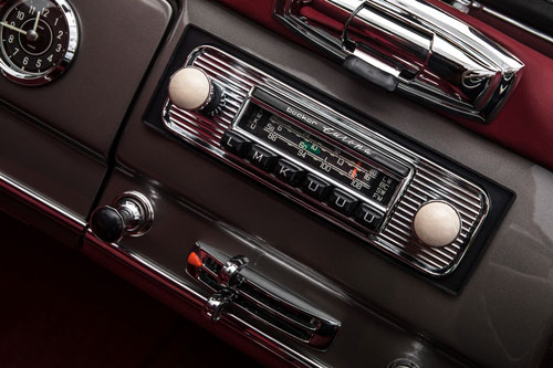 Classic 1963 Mercedes-Benz W121 190SL Roadster in Anthracite with red interior stereo