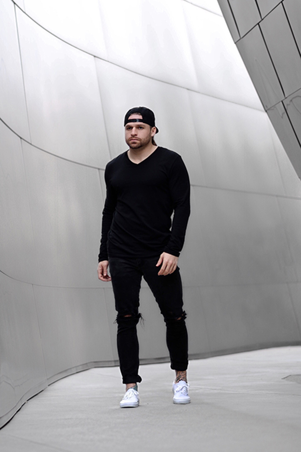 River Davis Men's Fashion wearing all blvck