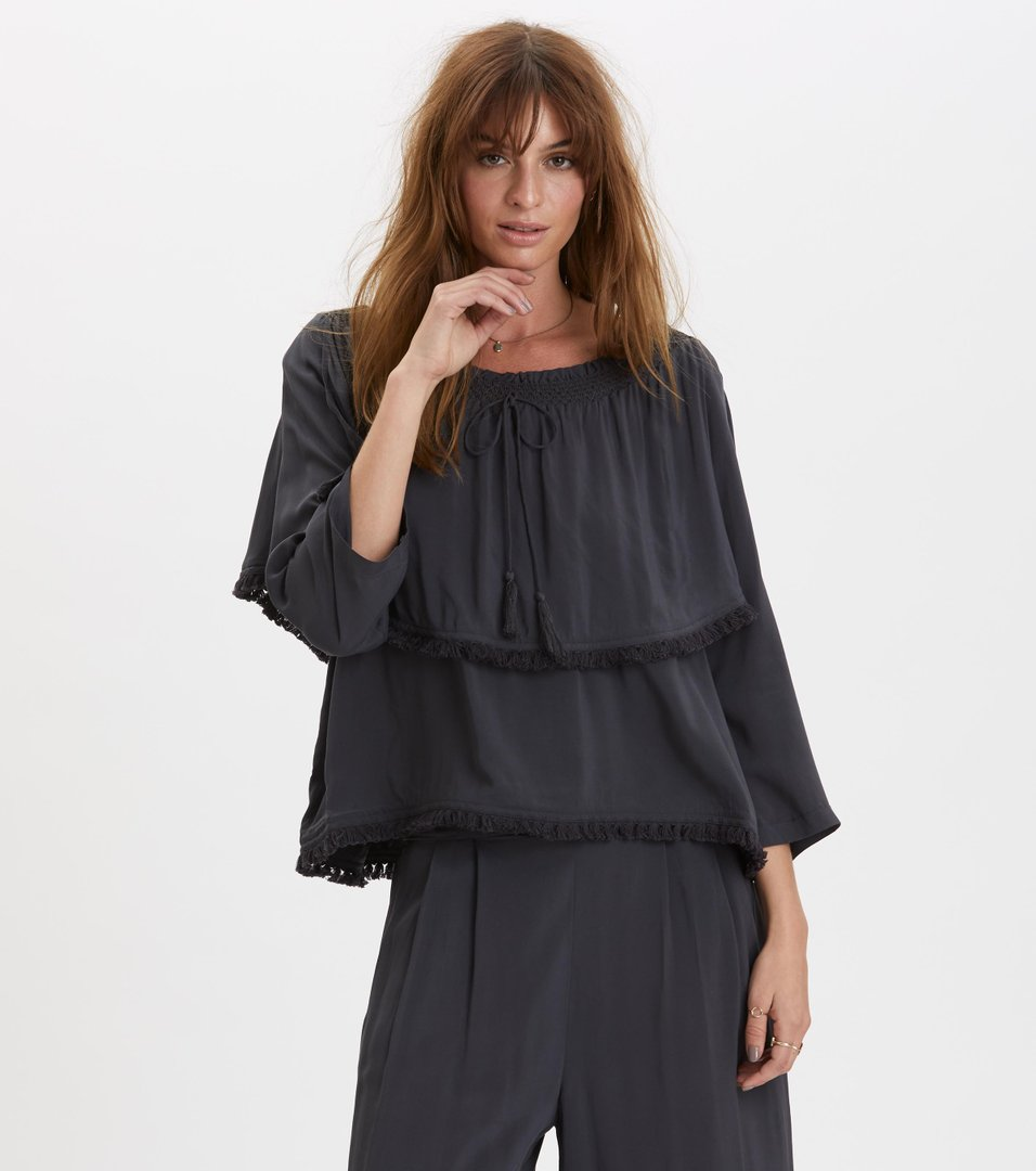 Band of frills blouse