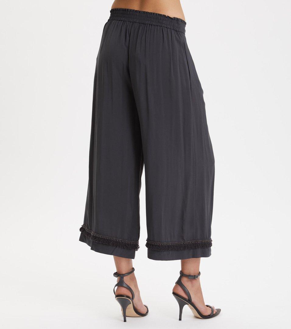 Band of frills pants
