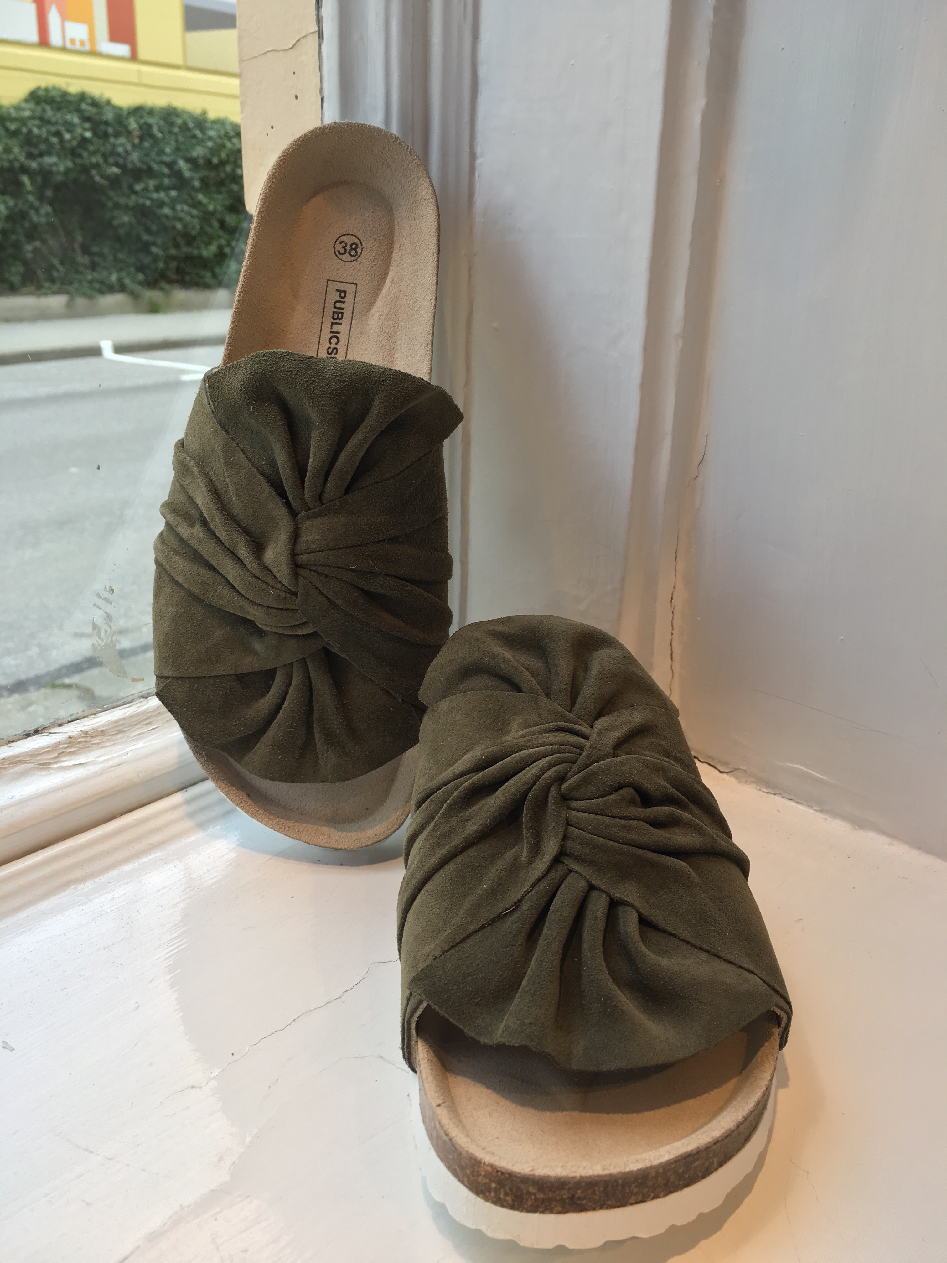 Aimee slipper