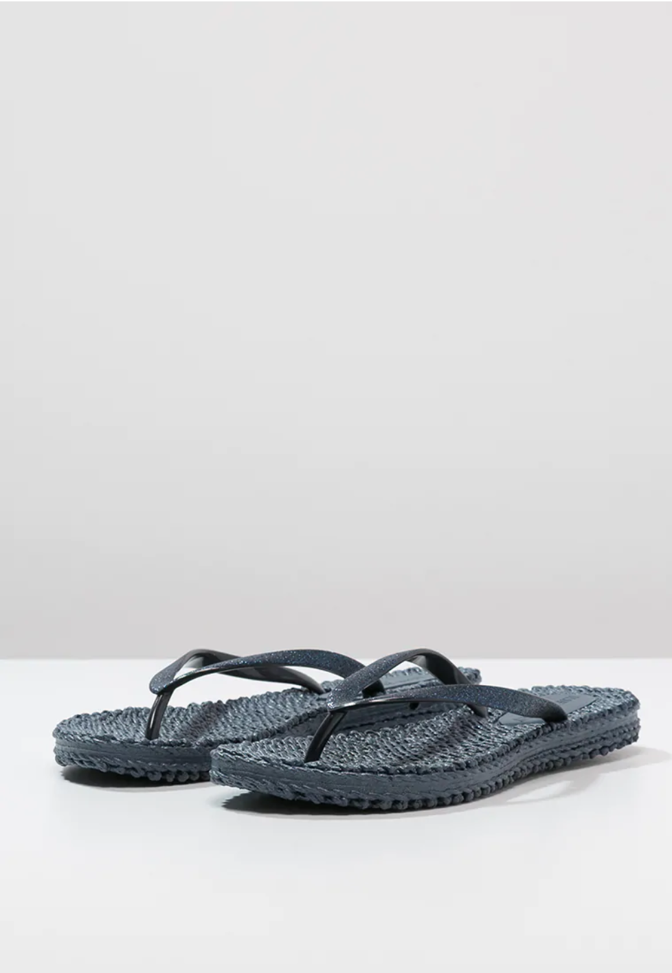 Cheerful slippers, indigo