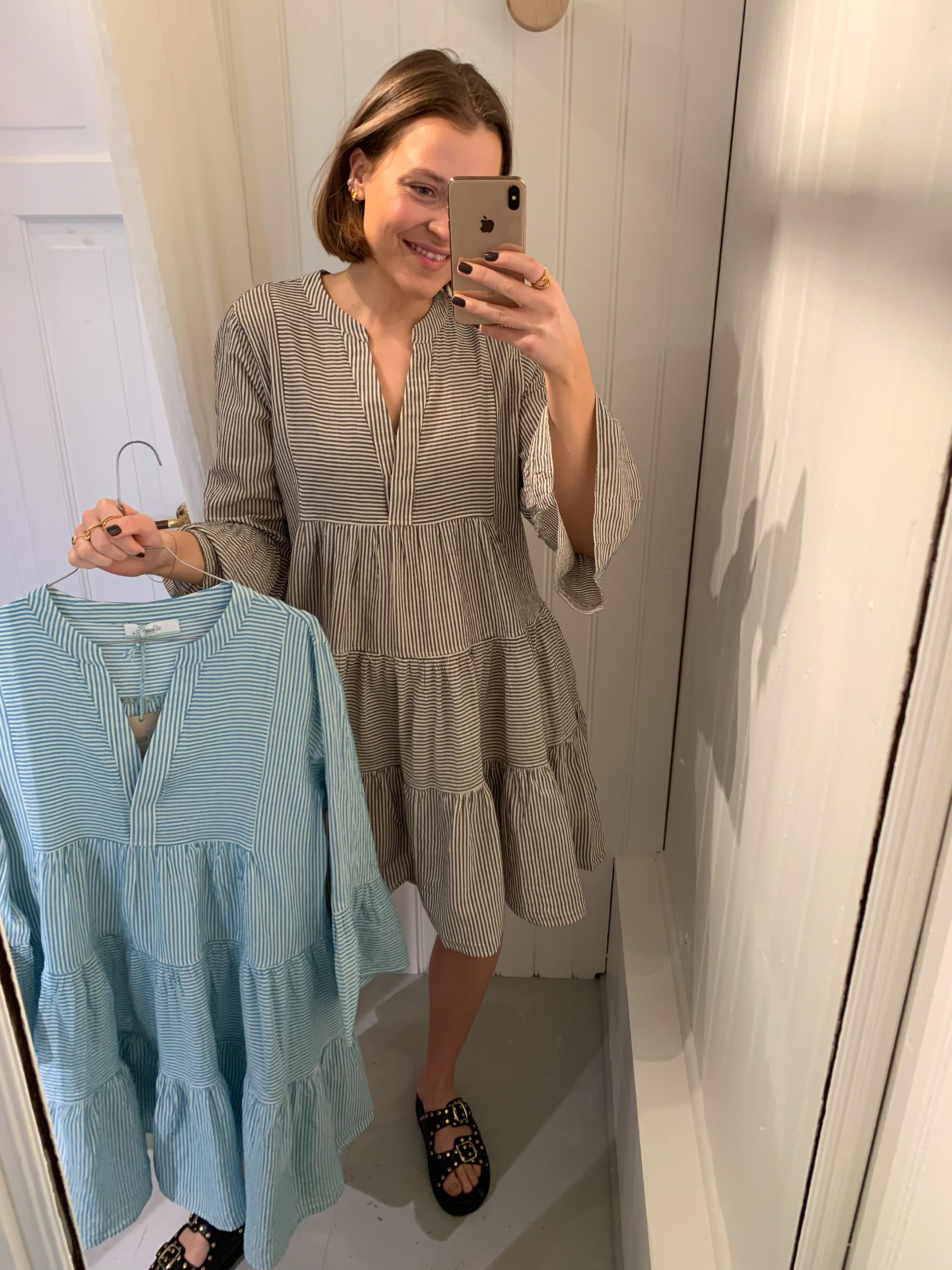 Dress no. 366g