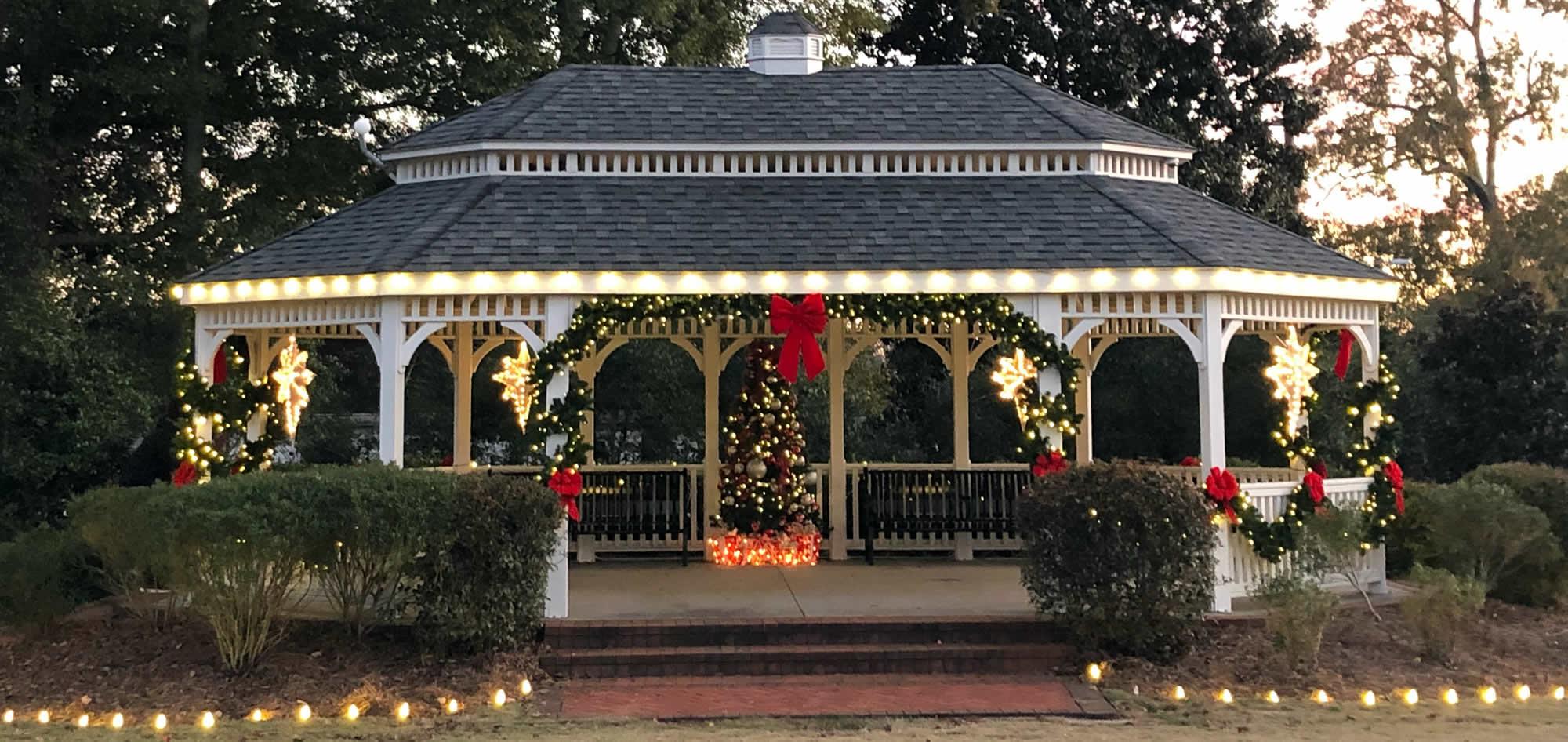 Outdoor Municipality Holiday Decor