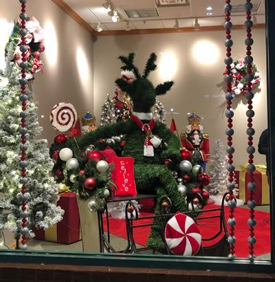 Santa Holiday Displays