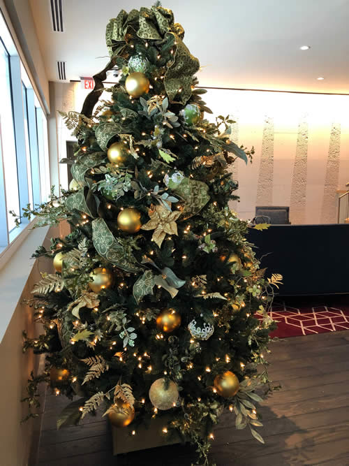 Atlanta Hotel Christmas Tree Decor