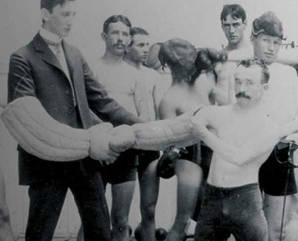 old photo of members of the los angeles athletic club