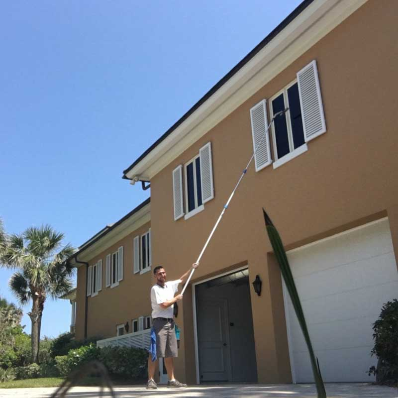 Detailed window cleaning in Vero Beach
