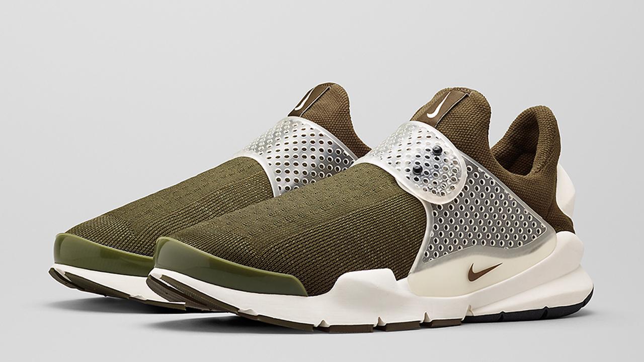buy popular b270a 4c522 The History of the Nike Sock Dart