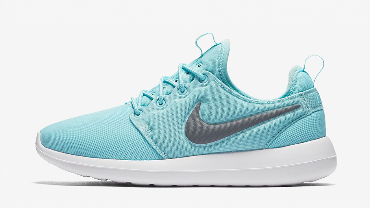 half off dab88 a46a8 Welcoming the Nike Roshe Two