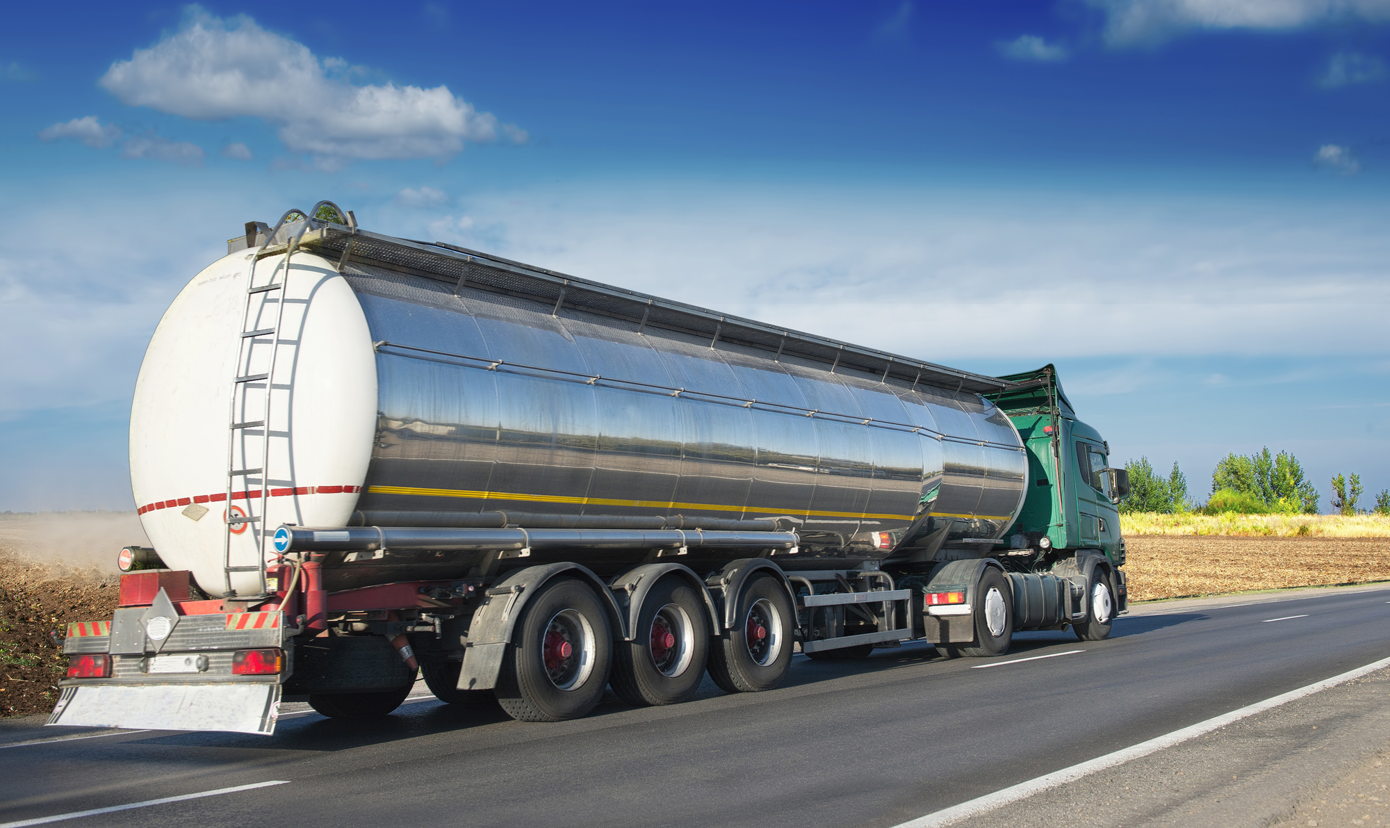 A Guide to Tanker Trucks | US 1 Network